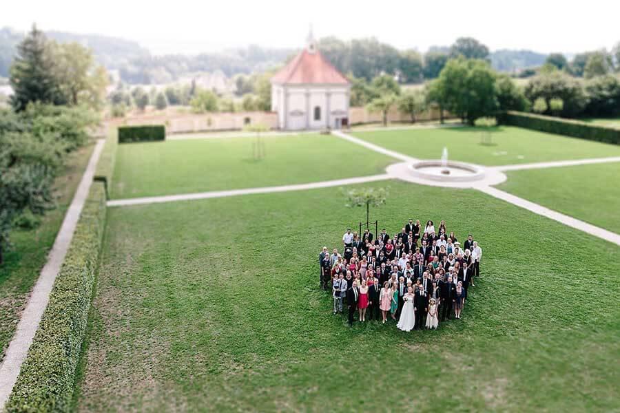 hochzeit kloster holzen allmannshofen gruppenfoto