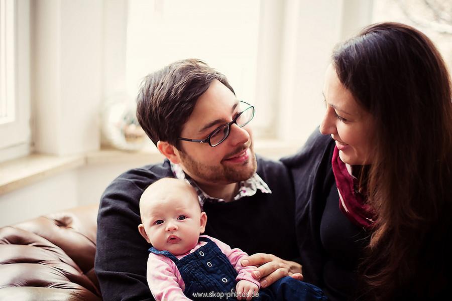 neugeborenenfotos babyfotos hochzeit fotograf münchen günstig nach hause